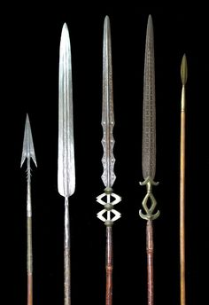 African spears from Cameroon. African Spear, African Art, Medieval Weapons, Fantasy Weapons, Fantasy Sword, Concept Weapons, Arm Armor, Cold Steel, Fantasy Inspiration