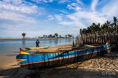 Pirogues à Belo sur Mer