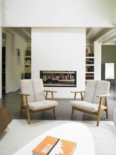 Original Danish armchairs by Hans J. Wegner. Upholstered with Kvadrat textile. View all our original danish armchairs at http://batavia.es