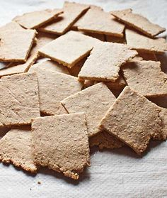 Crackers almendra_1 Foods With Gluten, Gluten Free Recipes, Vegan Recipes, Cooking Light, Paleo Diet, Healthy Cooking, Crackers, Almond, Yummy Food