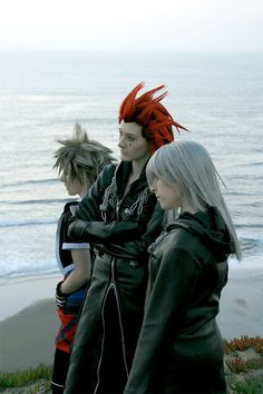 Kingdom Hearts. These cosplayers are flippin awesome <3