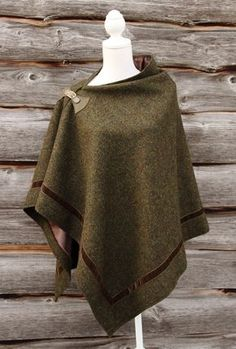 Harris Tweed Moss Wrap with ribbon border Harris Tweed, Sewing Patterns Free, Free Sewing, Refashion, Dressmaking, What To Wear, Winter Fashion, Cool Outfits, Womens Fashion