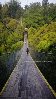 Situgunung suspension bridge @Sukabumi - Jawa Barat - Indonesia #travel #sukabumi #suspensionbridge #indonesiaindah #ivonjalan