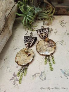 Hey, I found this really awesome Etsy listing at https://www.etsy.com/dk-en/listing/287252039/postcards-letters-art-jewelry-earrings