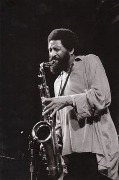 Sonny Rollins at the Great American Music Hall, San Francisco, early 1990 Jazz Players, Saxophone Players, Jazz Artists, Jazz Musicians, Jazz Blues, Blues Music, Pop Music, Jazz Cat, All About Jazz