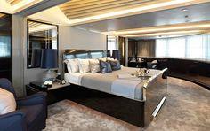 Elegant and Luxury Yacht Decor