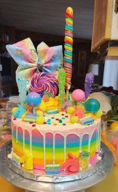 Jojo Siwa Birthday Cake, Candy Birthday Cakes, Rainbow Birthday Cakes, Birthday Kids, Torta Candy, Beautiful Birthday Cakes, Crazy Cakes, Unicorn Rainbow Cake, Rainbow Cakes