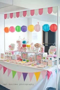 Love this lollipop themed birthday party Lolly Buffet, Dessert Buffet, Dessert Tables, Dessert Bars, Candy Table, Candy Buffet, Rick Rack Flowers, Party Mottos, Bar A Bonbon
