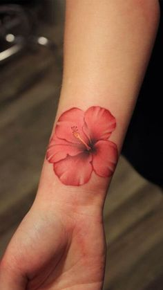 30 Hibiscus Tattoo Designs For Males And Ladies. *** Discover more by visiting the picture link 30 Hibiscus Tattoo Designs For Males And Ladies. *** Discover more by visiting the picture link Hai Tattoos, Body Art Tattoos, Sleeve Tattoos, Tattoos For Guys, Tribal Tattoos, Belly Tattoos, Tattoos For Women Flowers, Geometric Tattoos, Tattos