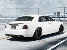 MC Customs Delivers Classy Black and White Rolls-Royce Ghost