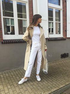 spring streetwear inspiration   all white   trenchcoat   urban style   fashion girl   Fitz & Huxley   www.fitzandhuxley.com