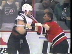 Eric Lindros vs Scott Stevens