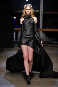 Jan Boelo Herfst/Winter 2013-14 - Jan Boelo Herfst/Winter 2013-14 (26) - Shows - Fashion - VOGUE Nederland