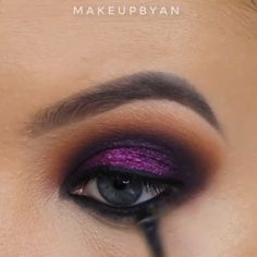 After choosing the most beautiful dress, accessories and luxury jewelry, as well as an exquisite hairstyle, pay special attention to makeup.The trendy makeup can be varied – more lively or otherwise sober and calm. Eye Candy Makeup, Bridal Eye Makeup, Smoky Eye Makeup, Eyeshadow Makeup, Eyeliner, Eyeshadows, Creative Eye Makeup, Unique Makeup, Beautiful Eye Makeup