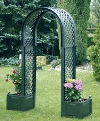 نتيجة بحث الصور عن اشكال وانواع اقواس مداخل الحدائق Outdoor Structures Garden Arch Garden