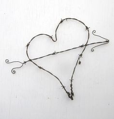 Gnarly Barbs Large Rustic Barbed Wire Heart