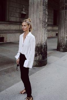 White shirt minimal look. white shirt minimal look fashion Look Fashion, Fashion Outfits, Womens Fashion, Fashion Tips, Fashion Trends, Fashion Basics, Fashion Ideas, Fashion Websites, Fashion Quotes