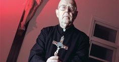The Amazing Dialogues Between the Devil and a Vatican Exorcist - The Catholic Herald Catholic Herald, Catholic Priest, Up Book, World Religions, Spiritual Warfare, Power Of Prayer, End Of The World, Vatican, Devil