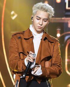 """Three different fansites have similar shots 😅"" Winner Ikon, Mino Winner, Daesung, Bigbang, Mark Bambam, Kai Exo, Song Minho, Kpop, Korean Artist"