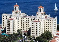 Hotel Nacional #LaHabana #Cuba This place is amazing..so much history here..