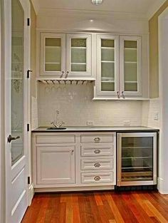 Butler's Pantry. white cabinets, wine, without sink, storage  & glass rack. Bulters Pantry, Walk In Pantry, Kitchen Pantry, Kitchen Ideas, Pantry Ideas, Texas Kitchen, Kitchen Reno, Kitchen Designs, Country Kitchen