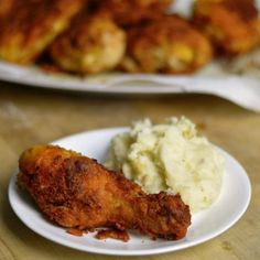 Blue cheese dressing packets add a super flavor to fried chicken!