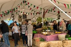 Half-Day Cape Town Food Markets Experience Experience a typical Market Day at the Oranjezicht City Farm Market and the Good Company Farmers Market at the Company's Garden, where small local farmers and artisanal food producers sell seasonal produce.Experience a typical Market Day at the Oranjezicht City Farm Market, which is held every Saturday at the historic Granger Bay site at the V&A Waterfront. This is a community farmer's-style market where independent local farmers ...
