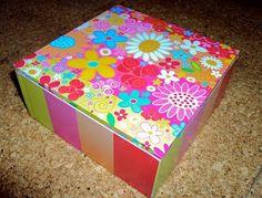 Decoupage y caja con divisiones para los pendientes