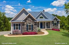 Single Floor House Design, Southern House Plans, Modern Farmhouse Plans, Grand Homes, Open Layout, Craftsman House Plans, Coastal Cottage, Great Rooms, Exterior Design