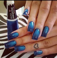 Denim look blue gradient nails