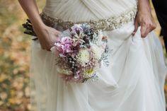 Detalle de vestido de novia de Carmen Soto en el atelier de The Bride.