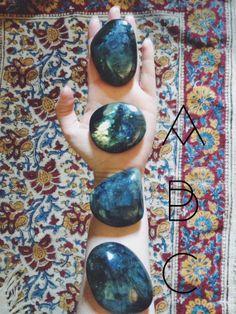 Large Labradorite Palm Stones crystal of magic by Moondaughter ❦ CRYSTALS ❦ semi precious stones ❦ Minerals And Gemstones, Crystals Minerals, Stones And Crystals, Cool Rocks, Beautiful Rocks, Healing Stones, Crystal Healing, Labradorite, Meditation Crystals