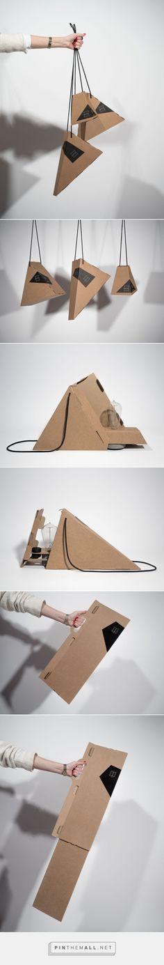 Simple Smart Modular lamps packaging design by talc design studio - http://www.packagingoftheworld.com/2017/05/simple-smart-modular.html