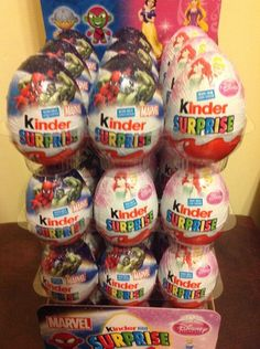 5 x Kinder Surprise Eggs Marvel / Disney milk chocolate limited edition Ferrero