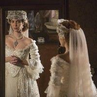 Branca lança tendência de moda em casamento em pleno século 19