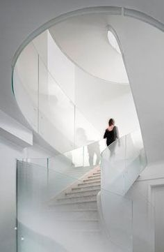 named so for its central staircase, the 'cloud villa' in shanghai is a three-story private house designed by kos architects and atelier zerebecky. Beautiful Architecture, Architecture Details, Interior Architecture, Interior Design, Stainless Steel Staircase, Floating Staircase, Modern Stairs, Construction, Interior Stairs