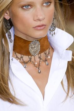 Ralph Lauren Spring 2011 - Details:  make choker with black leather and cameo
