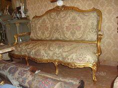 salotto-luigi-xi-in-legno-scolpito-e-dorato