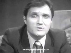 """Je me souviens que la musique des """"Dossiers de l'écran"""" me faisait peur  Les Dossiers de l'écran est une émission de télévision créée par Armand Jammot et diffusée deux mardis soirs par mois sur la deuxième chaîne de l'O.R.T.F. puis sur Antenne 2 du 6 avril 1967 au 8 août 1991."""
