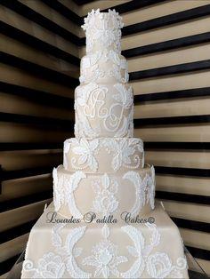Luxury Wedding Cake designed by Karen Padilla for Luxury Wedding Cakes by Lourdes Padilla. Inspired by Ines Di Santo wedding dress