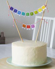 Rezept für eine Regenbogen-Torte für die Einschulungsfeier // von Mella aus der Tassenkuchen - Bäckerei