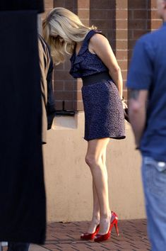 Love this outfit! Reese Witherspoon on the set of 'This Means War'!