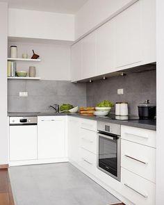 # Kitchen color scheme for white kitchen – 32 ideas for wall color - White Kitchen Remodel Kitchen Colour Schemes, Kitchen Colors, Kitchen Layout, Kitchen Sets, New Kitchen, Kitchen Interior, Kitchen Decor, Design Kitchen, White Kitchen Cabinets