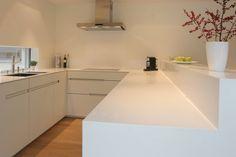 Küche Mit Corian Abdeckung