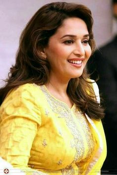 These Sexy Pictures of Madhuri Dixit Will Keep You Up All Night. Bollywood Actress Hot Photos, Indian Bollywood Actress, Indian Actresses, Indian Celebrities, Bollywood Celebrities, Most Beautiful Indian Actress, Beautiful Actresses, Madhuri Dixit Saree, Vintage Bollywood