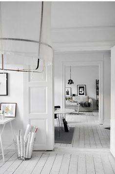 alvhem mäkleri,white room,Haga,for sell,