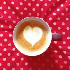 Good afternoon  #čarovnákáva #goodafternoon #goodcoffee #káva #coffee #onlineshop Good Afternoon, Best Coffee, Latte, Tableware, Instagram, Food, Dinnerware, Dishes, Meals