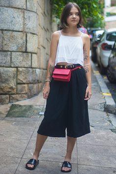 Você usaria? Pochete é tendência nas ruas do Rio