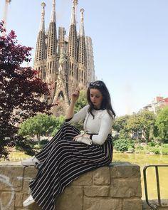 mi favorito 💘 Travel Pictures, Travel Pics, Wild Girl, My Sunshine, Barcelona, Spain, Around The Worlds, Pretty, Cami