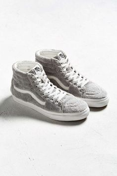 Vans Covered Its Most Popular Shoes in Cozy Sherpa Fleece 5be5f8c53